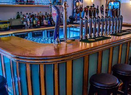 The White Bar